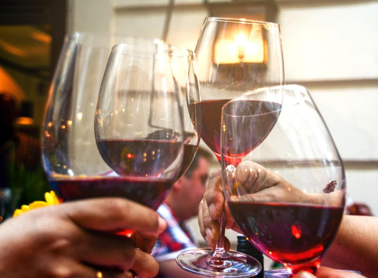 hoe lang kun je rode wijn bewaren na openen