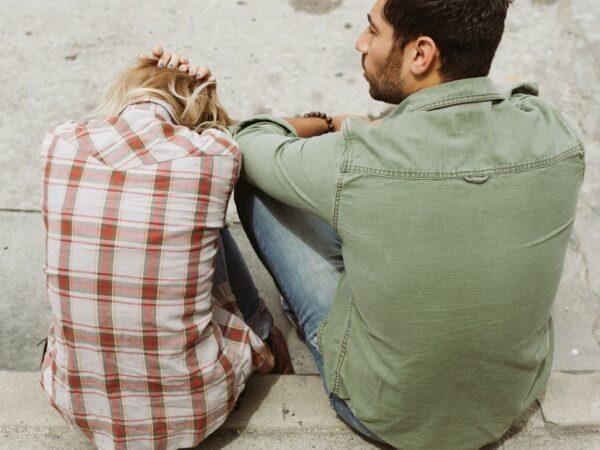Tekenen dat jouw partner niet goed voor je is