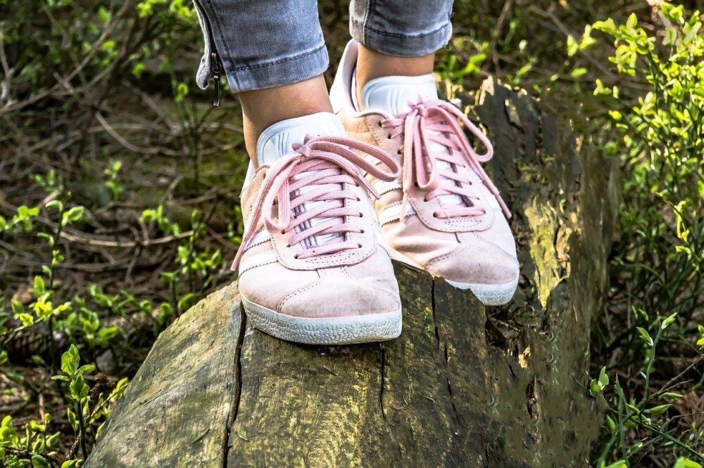 Beste schoenen voor doorgezakte voeten