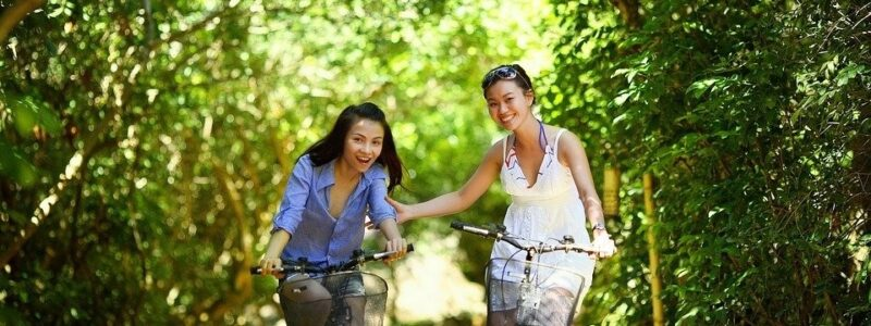 Met-je-vriendinnen-op-fietsvakantie-Goed-idee