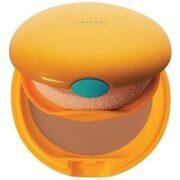 5. Shiseido-Tanning-Compact-Foundation
